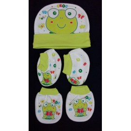 Baby World Frog print Newborn Cap set Green