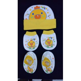 Baby World Chick print Newborn Cap set Yellow